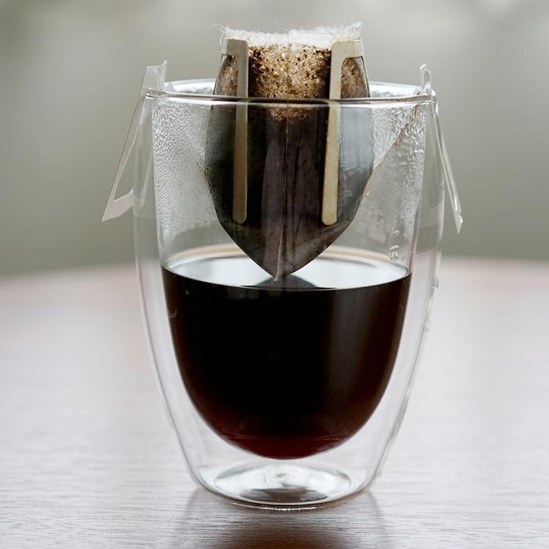 グラスでドリップバッグコーヒー