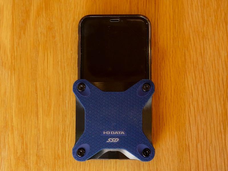 iPhoneXSと大きさ比較